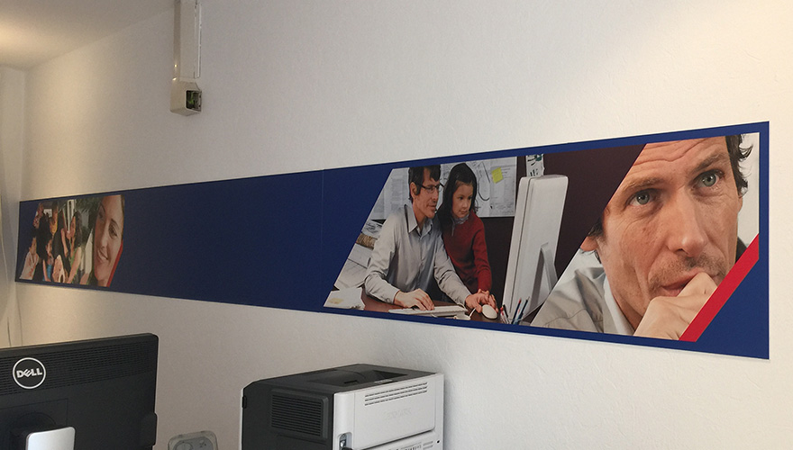 Décoration agence d'assurance Axa