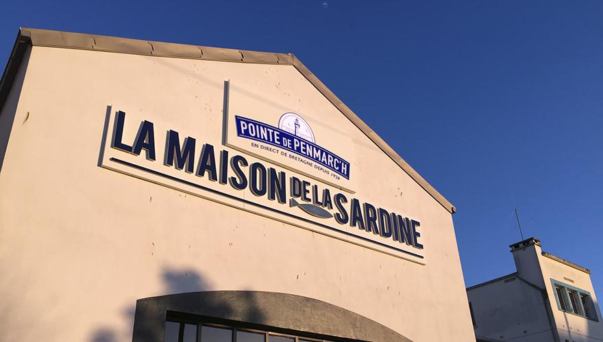 Caissons led pour la maison de la sardine à Douarnenez