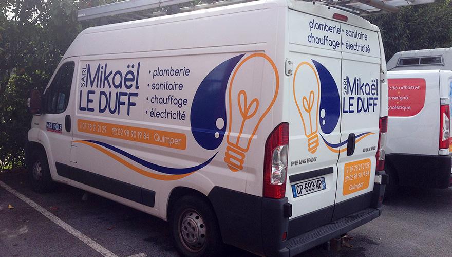 Décoration adhésive 2 couleurs pour Mikaël Le Duff